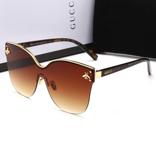 Oculos De Sol Gucci2 203 Mulher + Acessórios Moda 2018 - R  421,50 em  Mercado Livre 8f5bc7e45f