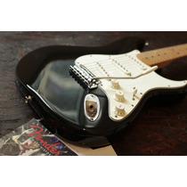Guitarra Fender Stratocaster 2012/2013 Made In Mexico