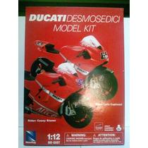 Moto Kit Escala 1/12 Alto Detalle Ducati Desmosedici New Ray