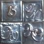 Letras O Iniciales Repujadas En Metal Para Tarjetas