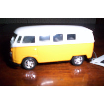 Combi Bus 1963 A Escala 1:53 Marca Welly Vw