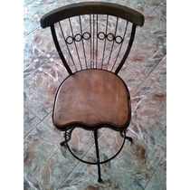 Cadeira De Ferro Giratória