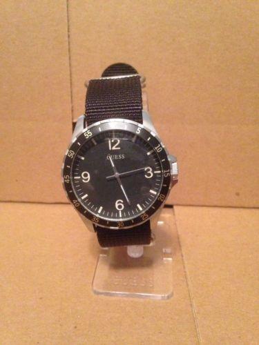 a9346e2e9c44 W1099g1 Guess Reloj Analógico Para Hombre Con Esfera... -   89.990 en Mercado  Libre
