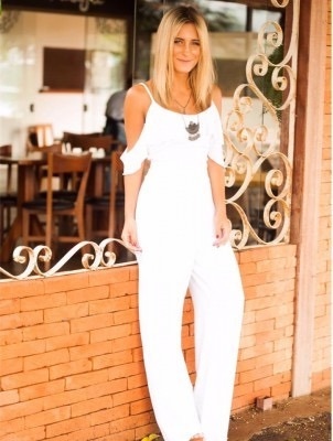 cd8c261314 Macacão Longo Feminino Branco De Crepe - R  200