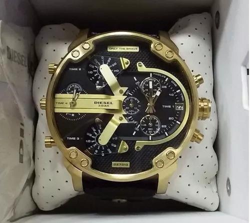 71e0d9c39e8 Relógio Masculino Pulseira De Couro Dourado Diesel Dz7371 - R  120 ...