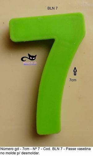 Molde De Silicone Número 7 Vela Aniversário Biscuit 7cm R 2200