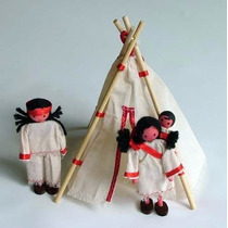Brinquedo Waldorf Kit Indigena - Índio,índia, Bebê E 1 Tenda
