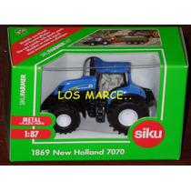 Siku 1869 Tractor New Holland 7070 1/87 Siku Farmer