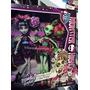 Monster High Rochelle Goyle Y Venus Mcflytrap Draculaura