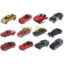 Coleção Com 12 Miniaturas Em Metal Carros Modernos E Antigos