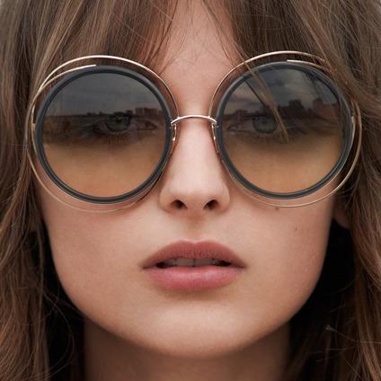 c7e7eaa57751e Óculos Solar Feminino Redondo Grande Moda Retro Atual - R  59