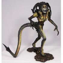 Predalien Híbrido - Alien Vs Predador Requiem - Avp - Neca