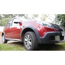 Renault Sandero. Motor 1.6. Cinco Puertas. Modelo 2014