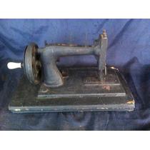 Máquina De Costura Manual De Ferro Á Manivela Antiga