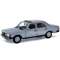 Mercedes Benz W 123 (230e) Revell 1:18 Rev-08407