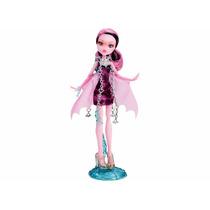 Monster High Assombrada - Bonecas Básicas - Draculaura - Mat