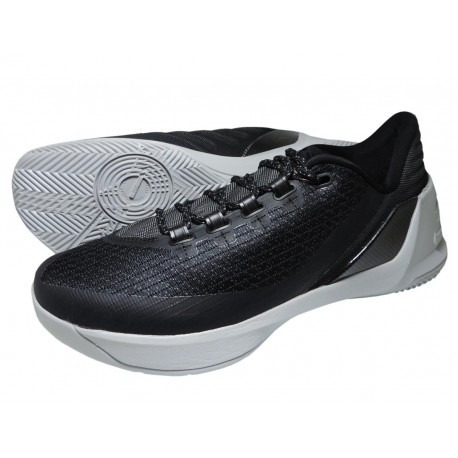 004373bc7ab Tênis Under Armour Curry 3 Low 1286376-001 - R  599