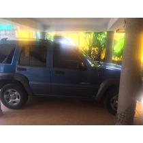 Se Vende Jeep 5 Puertas 4 Cilindros Impecable