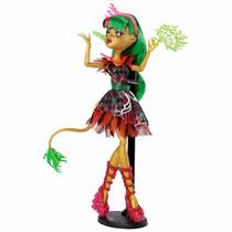 Boneca Monster High Freak Du Chic- Jinafire Long C/ Pedestal
