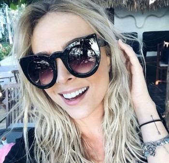 Óculos De Sol Wolves Preto Unissex Gatinho Branco Promoção - R  99,90 em  Mercado Livre 2651742e38