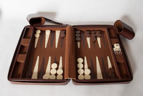 Juego De Mesa Backgammon Bs 2 900 00 En Mercado Libre