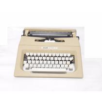 Maquina De Escribir Antigua Olivetti Lettera 25