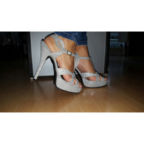 Sandalias Plateadas De Micro Glitter...