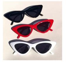 Oculos Escuros Femininos Triangulo - Óculos De Sol Sem lente ... 7b7b9f41c7