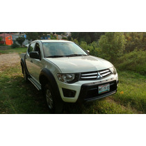 Mitsubichi L200 2015 Gasolina