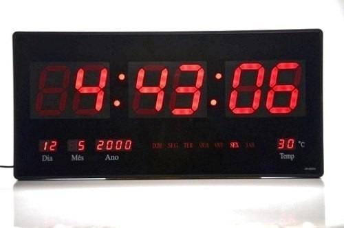 d3404b3fe65 Relógio Led Digital Gigante Painel Data Temperatura Academia - R  134