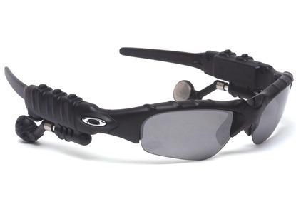 Óculos Oakley Trump Fone Bluetooth + 3 Lentes - Novo - R  239,90 em Mercado  Livre bc0013a958
