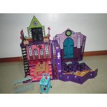 Casa Monster High Grande Como Nueva, Con Muchos Accesorios