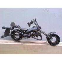 Escultura De Moto. En Hierro. Reciclado
