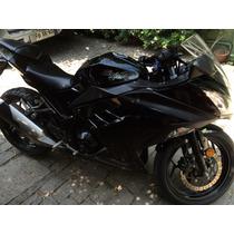 Moto Kawasaki Ninja 300, Negra Año 2013 Impecable.