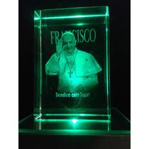 Figura Cristal 2 D Grabado Laser + Base Luz - Papa Francisco
