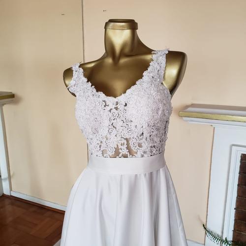 Lavado y planchado vestido de novia