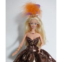 Boneca Barbie Vintage Olho Delineado Adorno Pena Carnaval