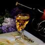 Taça Copo Caveira Cranio Ossos Drink Vinho 70ml