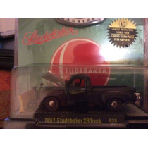 M2 Machines Camioneta Studebaker 1951 Edición Limitada