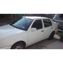 Volkswagen Jetta A3 1995, Blanco 4 Puertas