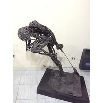 Escultura En Hierro Y Soldadura Con Pie De Madera 1.20 X 95