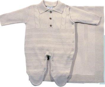 d515f75cae Saída Maternidade Noruega Linha Bege - R  199