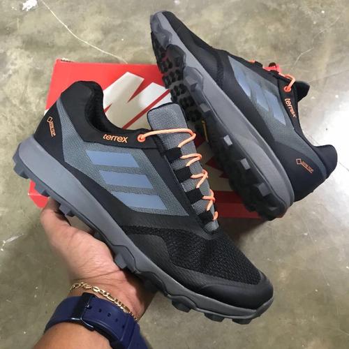 zapatillas adidas con goretx hombre