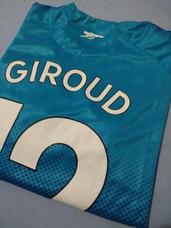 284609713 Camisa Arsenal 2017 18 Away  12 Giroud (tam P) Pronta Entreg