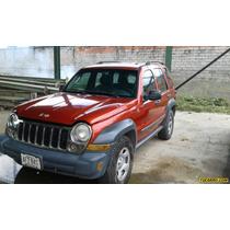 Jeep Cherokee Sport 4x4 - Sincronico