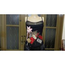 Blusa Preta De Alça Trabalhada Com Flores