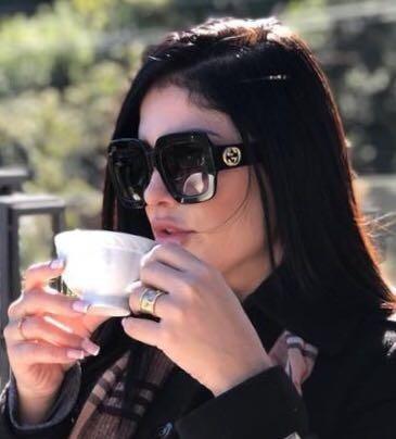 94cd0a3676960 Oculos De Sol Feminino Gucci Original Grande Frete Grátis - R  389,00 em  Mercado Livre