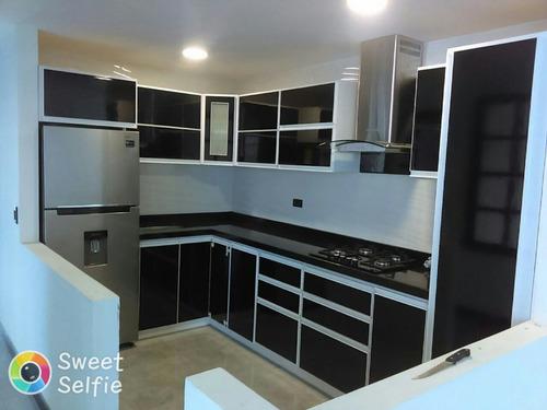 Cocinas integrales sobre medidas excelentes materiales for Cocinas con horno electrico