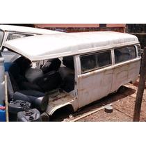 Vw Volkswagen Perua Kombi Sucata 1998 Branca Carcaça