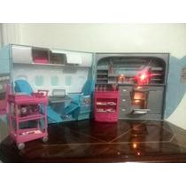 Jet Avión Y Barco Barbie Con Full Accesorios Y Una Barbie